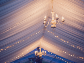 Traditional interior pleated lining for marquees